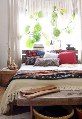 Sıcak Renkler ile Yatak Odası Dekorasyonu