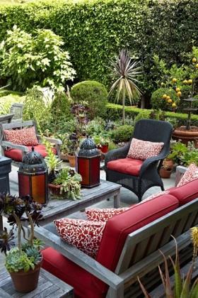Bahçe Mobilyaları Dekorasyon Önerileri