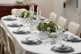4 Adımda Yemek Masalarına Şıklık Katmak…