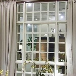 Ayna İle Sahte Pencere