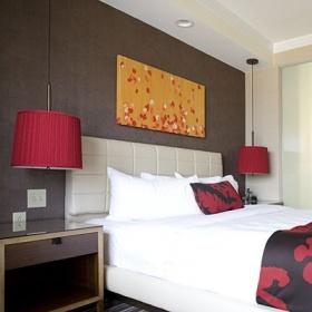 Dekorasyon Trendi: Sarkıt Lambaları Yatak Odasında Kullanın!