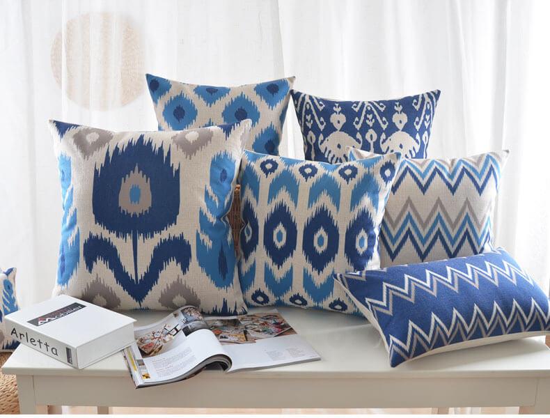 Geometrik Desenli Yastıklar