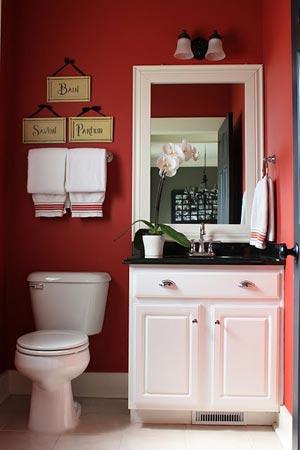 Kırmızı Tuvalet