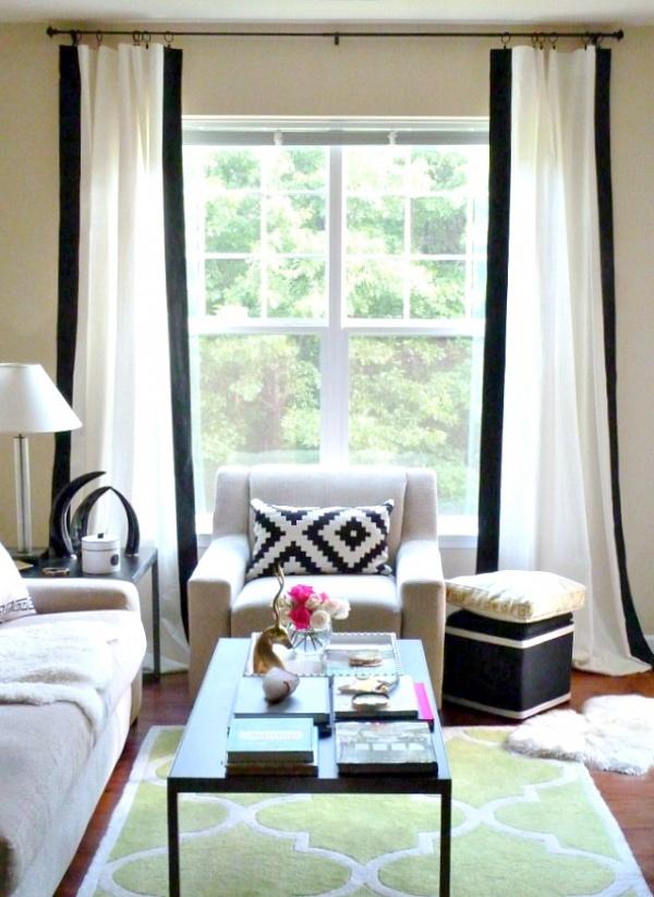 Kendin-Yap: Siyah Çizgili Beyaz Perdeler İle Evinize Modern Bir Hava