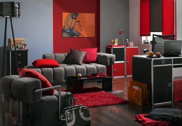 Kırmızı Siyah Ev Dekorasyonu