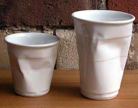 Plastik Bardak Şeklinde Kupa