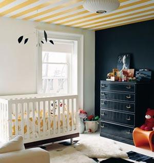 Bebek Odası Renkli Tavan