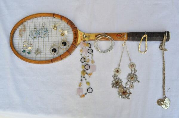 Eski Tenis Raketlerinden Takı Askılığı