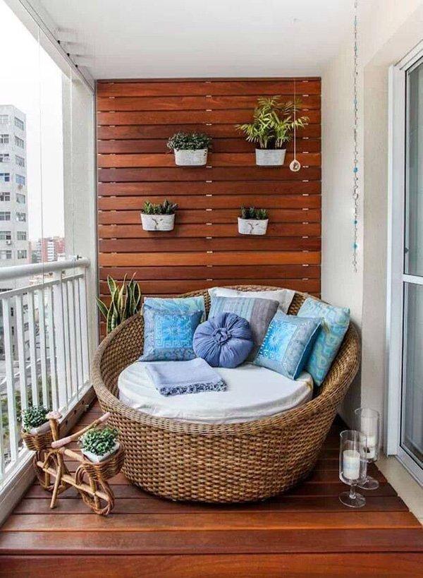 Balkon Dekorasyonu