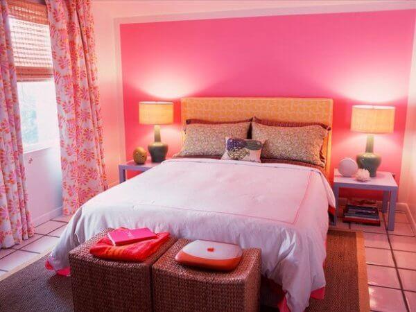 Pembe Yatak Odası Dekoru