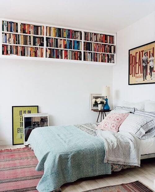 Yatak Odasında Kitaplıklar