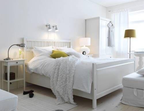 beyaz-minimalist-yatak-odasi-dekorasyonu-1