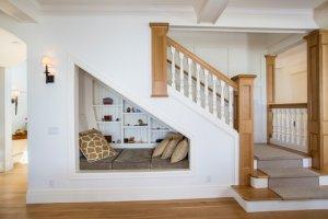 Merdiven Altı Yatak