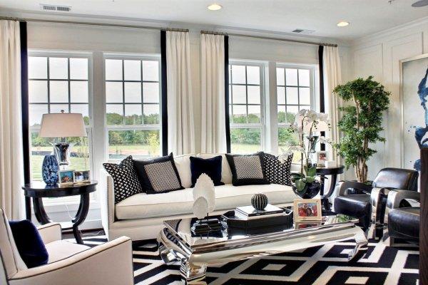 siyah-beyaz-koltuk-yastiklari-dekorasyon-3