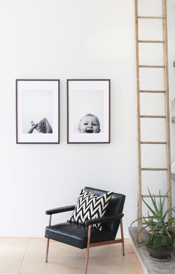 siyah-cerceveler-ile-minimalist-ev-dekorasyonu-3