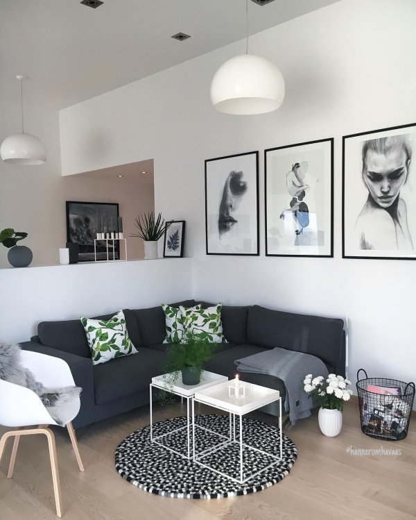 Siyah Çerçeveler ile Minimalist Ev Dekorasyonu