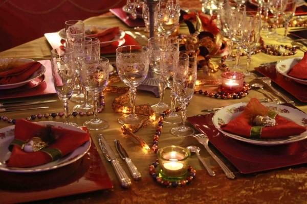 yilbasi-yemek-masasi-susleme