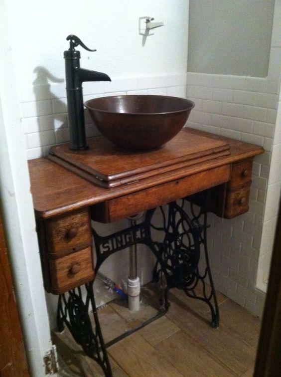 eski-singer-dikis-makinesini-banyo-dolabi-yapmak