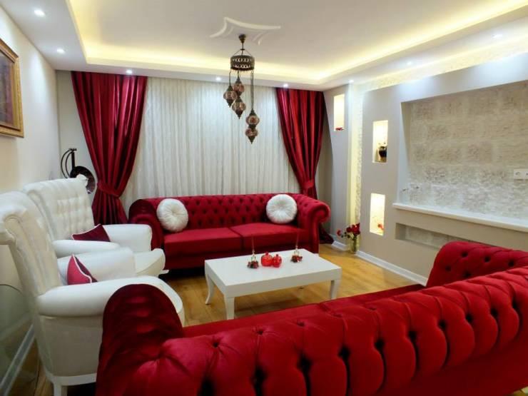 kirmizi-ve-beyaz-renk-salon-dekorasyonu