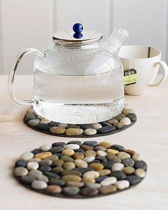 Taşlarla Çaydanlık Altı Yapımı