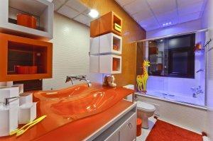 turuncu-renklerde-banyo-dekorasyonu